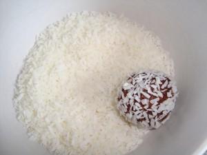 Chokladbollar utan socker och mjöl bild 1